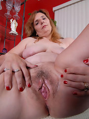 galleries Granny pussy