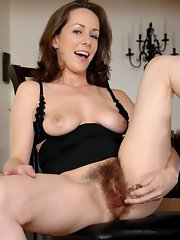 Beautiful Milf Toying Her Nice Hairy Pussy