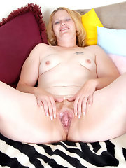 moms photos Older amateur pussy